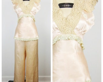 Vintage 1930s PJs / 30s Blush Rayon Pajamas with Wide Leg Pants / Small to Medium