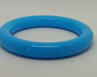 Vintage bangle - bright blue plastic tube bangle