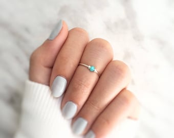 turquoise midi ring,green stone midi ring,stacking ring,1 bead ring,gemstone midi ring,adjustable midi ring,crystal midi ring,dainty gift