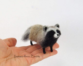 Needle felted raccoon dog, raccoon dog,  raccoon dog toy, felting, realistic animals, miniature animal, animals for dollhouse,  coon, Tanuki