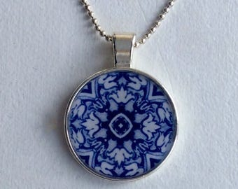 Cristal clear RESIN pendent/ manda blue
