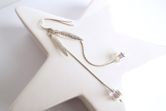 Long Earrings, elegant and sober, silver and real crystal Swarovski, very twinkling and bright, oval charm