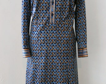 Vintage dress / 70s with geometric pattern