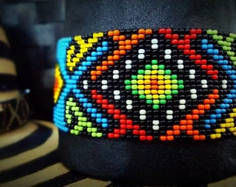Bracelet of beads. Art Kamsa