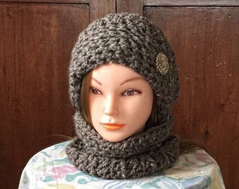 Slouchy Chunky Beret with Cowl, Brown Slouchy, Brown Cowl,Winter Hat Cowl Set,Crochet Hat,Women's Hat Cowl Set,Slouchy Beret Cowl Set
