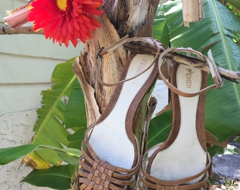 Vintage Designer FENDI Leather Basketweave Ankle Strap Flat Brown Sandals Size EU 37 US 7