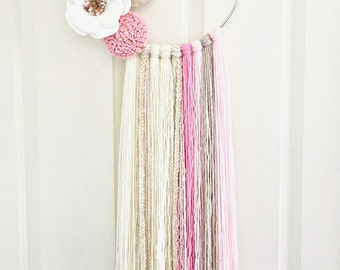 Dream Catcher - Nursery - Baby Girl - Nursery Wall Hanging - Girl Room Decor - Yarn Art - Tapestry Dreamcatcher