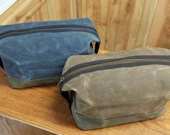 Set of 7 Personalized Groomsmen Gifts Dopp Kit Toiletry Bag Monogram Bag Travel Bag