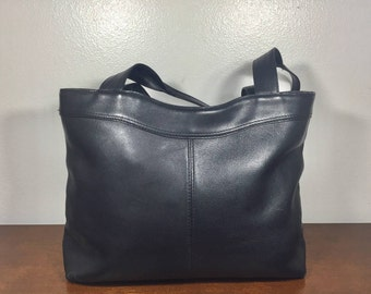 Black Leather Purse, Made in Paraguay, Shoulder Bag,footed