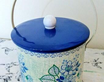 "Baret Ware ""Fiesta"" Blue & White Floral Cookie Tin Biscuit Barrel Storage Canister"