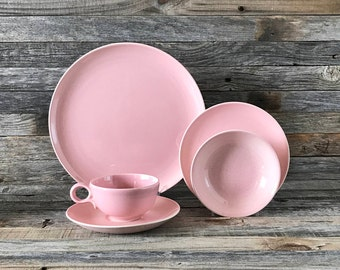 33 Piece Vintage Taylor Smith Taylor Pebbleford Pink Dinnerware Set, Taylor Smith & Taylor Dinnerware, Pebbleford