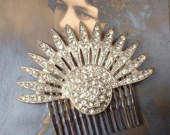 TRUE Vintage Art Deco 1930s Hair Comb, Antique 20s Rhinestone Fan Flapper Crystal Dress Clip Bridal Accessory Great Gatsby Wedding Hairpiece