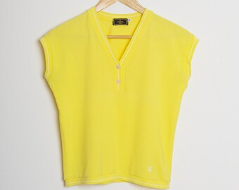FENDI/Blouse/T Shirt/Cotton Blouse/V Neck Top/Short Sleeve/Yellow/Italian Style/Buttons/Summer/Weekend/Sport/Holidays/Fashionista/Size M/