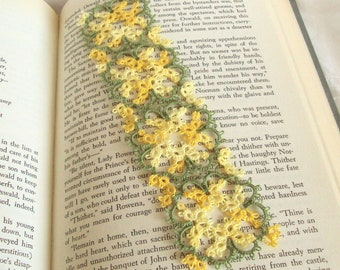 Yellow Bookmark - Tatted Lace Bookmark - Variegated Yellow - Leaf Green - Art Nouveau - Janessa Version 3