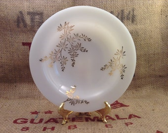 Vintage Decorative Federal glassware Soup Bowls gold and white