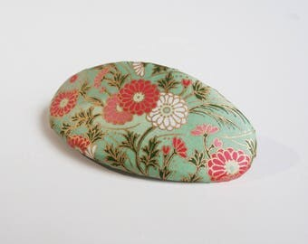 Flower French Barrette, Chiyogami Oval Hair Clip, Japanese Hair Accessory, Chrisanthemums on Green