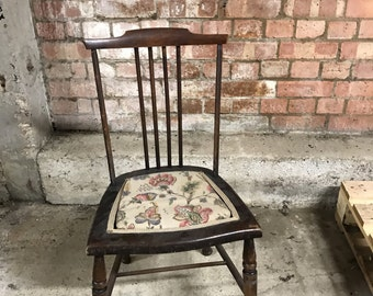 Victorian Spindle Back Child's Chair