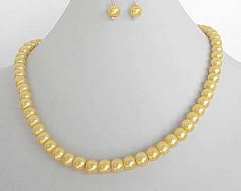 Yellow pearl necklace set, yellow wedding jewelry, yellow pearl necklace for her, yellow bridesmaid jewelry for women, Easter necklace