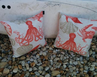 18x18 Indoor/outdoor coral pillow cover with zipper