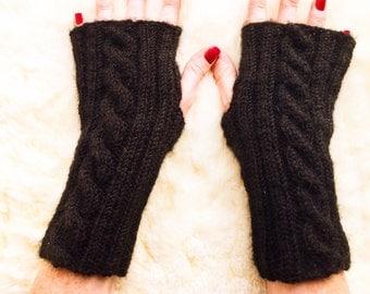 Fingerless gloves. Handmade fingerless mittens. Lambswool. One Size