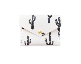 Cacti Print Leather Snap Wallet; Leather Wallet; Leather Card Case
