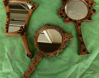 Nature's three hand mirrorrs