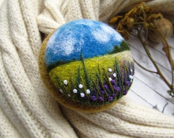 Unique style exclusive jewelry Embroidery felt pin Floral jewelry for daughter Natural look wool jewelry Needle felted brooch Original art