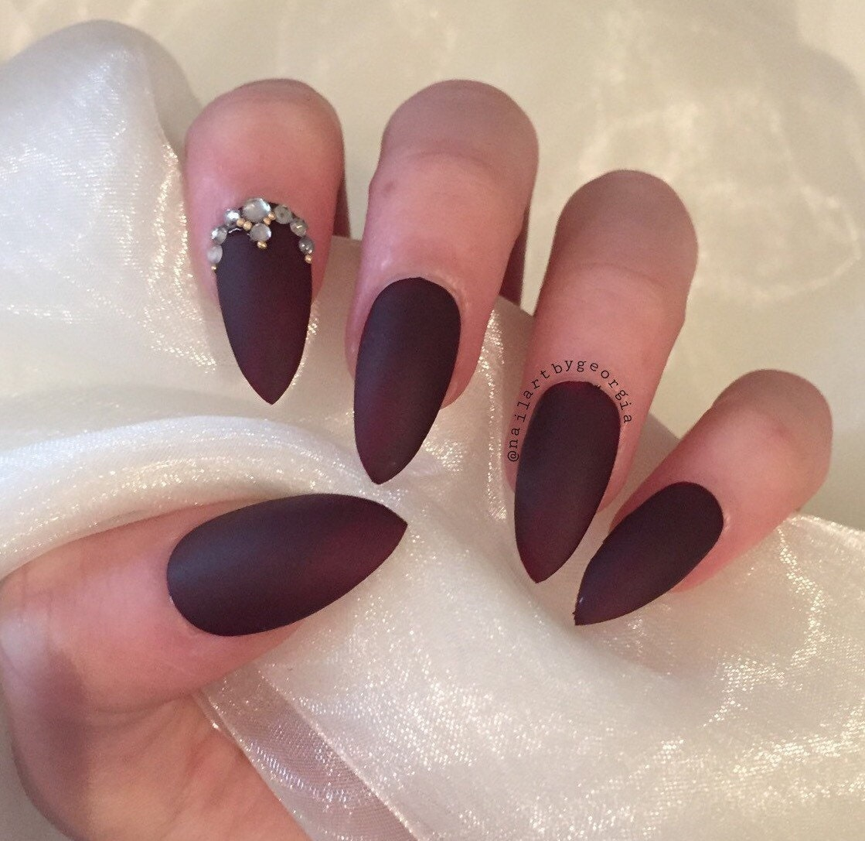 Christmas False Nails Uk: Burgundy Matte Stiletto Nails With Rhinestone And Gold Bead