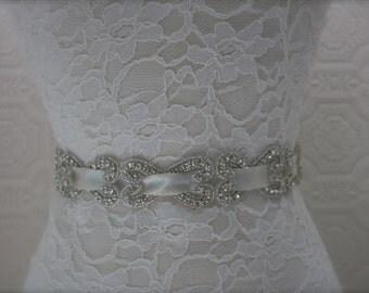 bridal sash, bridal belt, wedding belt, rhinestone sash, rhinestone bridal sash, rhinestone bridal sash, pearl and rhinestone sash,