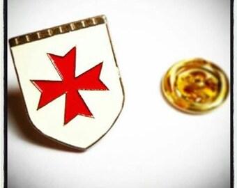 Knights Templar Cross Shield Lapel Pin