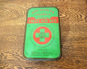 Vintage Boy Scouts First Aid Kit Tin with Original Contents - 1950's - Johnson & Johnson - Boy Scouts Of America Collectible Memerobilia