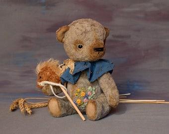 Artist teddy bear, OOAK. Lloyd.