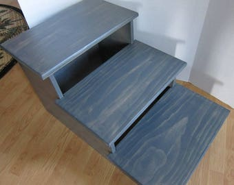 """Large Pet Stairs to give your bigger dog or cat the extra step they need, wherever they need it, 24"""" high (Unassembled)"""