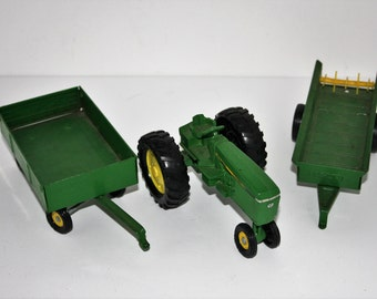 John Deere Tractor with wagons