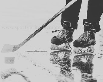 8x10 Hockey Skates - Edition 6