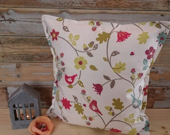 Scandinavian Birds on Linen Cushion/Throw Pillow - Scandinavian style - Nordic style