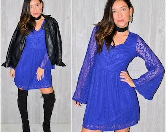 Purple Lace Dress Long Sleeve Belle Sleeve Hippie Mini Fall Winter Boho Hipster Vintage 90's Size Medium Short Gypsy Bohemian Cut-Out Flowy