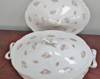 White Oval Covered Serving Dish decorated with Pink Roses and Daisy Flowers and Gold Accents Includes Extra Cover No Maker Identification