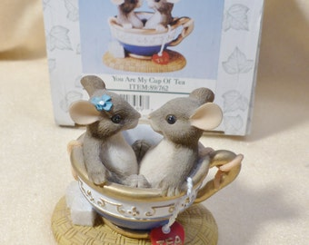 Charming Tails Mouse Figurine You Are My Cup of Tea 89/762 Dean Griff Vintage Figurine Collectible Figurine Teacup Mice