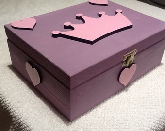 keepsake box, wooden box. jewellery box, wooden trinket box, makeup box, princess box, princess keepsake box
