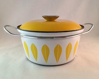 Catherineholm Yellow Lotus Dutch Oven