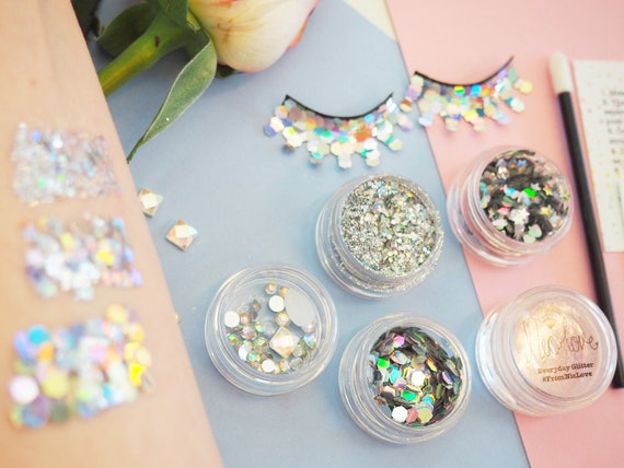 Silver Mermaid Cosmetic Glitter Face Pack