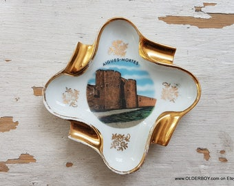 Porcelain Ashtray Souvenir from Aigues-Mortes in France souvenir plate ashtray souvenir from Aigues-Mortes City Wall porcelain N10/799