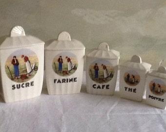 Set of 5 vintage French cannisters. Vintage French storage jars in porcelaine. Storage pots. 1940's canisters in porcelain. French country.