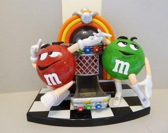 M & M's Dispenser, Jukebox, w / Dancing M n M's