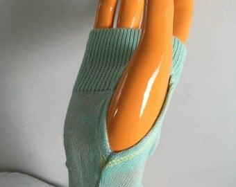 Mint green texting glove silk and cotton blend
