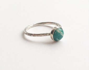 AMAZONITE RING - Sterling Silver Green Gemstone Ring  - Semiprecious Stackable Ring - 6mm stone