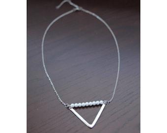 Geometric elegance necklace