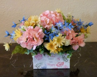 Hydrangea Floral Arrangement, Small Floral Arrangement, Spring Floral Centerpiece