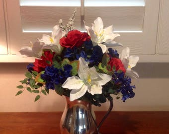 4th Of July Red White Blue Centerpiece, Independence Day Decor, Patriotic Table Centerpiece, Memorial Day Centerpiece, Veteran's Day Decor
